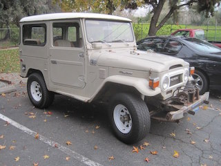 1975 FJ40 Powered by a 2013 4 5L Cummins / NV4500 / 3 Speed