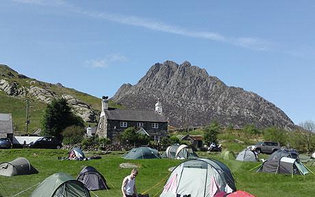 camp-wales_1421799c.jpg