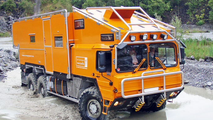 Expedition-truck-and-mobile-home-4x4-6x6-MAN-TGM-KAT-Unimog-articleTitle-d034744f-606437.jpg
