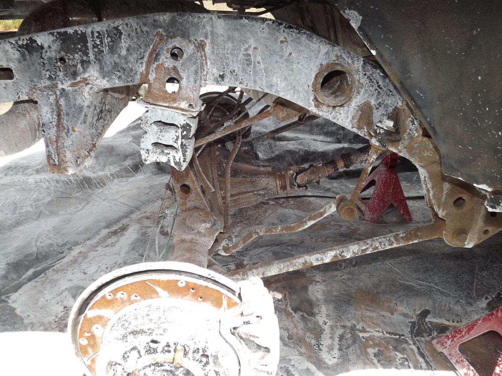 paint axle 002.JPG